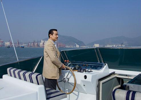 叶嘉麟:我国游艇业还存在诸多问题